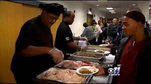 homeless veterans get early thanksgiving dinner cbs dallas