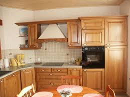 cuisine en bois modele de cuisine bois amazing modele de cuisine amenagee modle de