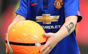 wayne rooney u0027s son kai has temporary tattoo of cristiano ronaldo