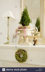 mantelpiece christmas decoration lamp baby photo living room