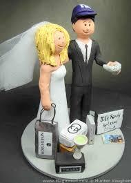 gamer wedding cake topper gamer groom and shopaholic fashionista wedding cake