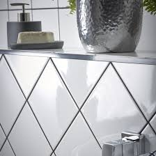 white bathroom wall tile diy