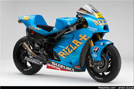 suzuki hayabusa sportbike superbike race racing wallpaper