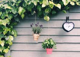 summer diy how to make these geometric hanging planters with