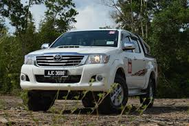 driven toyota hilux 2 5 intercooler vnt launched u2013 we test it out