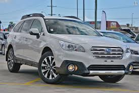 subaru white 2017 2017 subaru outback 2 5i 5gen white for sale in maitland hunter