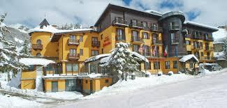 hotel banchetta sestriere italy i ski co uk hotel belvedere sestriere italy