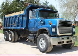 1984 ford l9000 dump truck item g5445 sold may 30 const