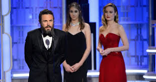 brie larson casey affleck brie larson didn t clap for casey affleck at the oscars protesting