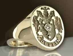 family rings for family crests coat of arms figure design ring