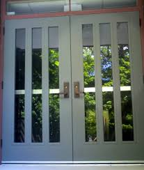 jarrah jungle painting the exterior walls and window frames with