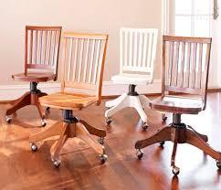 chaise de bureau en bois chaise de bureau contemporaine à roulettes pour enfant en bois