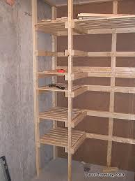 comment construire chambre froide chambre froide au sous sol plan rangement pour les conserves