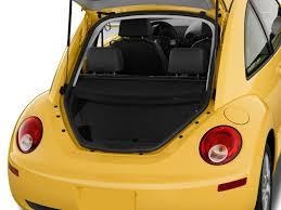 volkswagen coupe 2010 image 2010 volkswagen new beetle coupe 2 door man trunk size