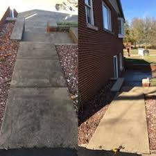 Landscaping Evansville In by Downs Pro Lawn Care Get Quote Landscaping Evansville In