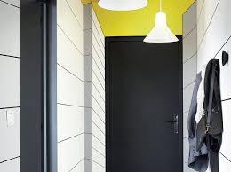 stickers livres trompe l oeil décorer des murs en trompe l u0027œil leroy merlin