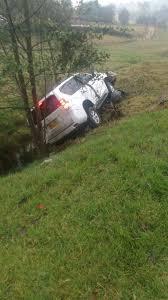 imagenes asquerosas de accidentes accidente de tres carros de lujo en la vía a tunja