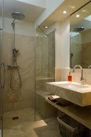 piastrelle in pietra per bagno bagno con rivestimento in pietra idee di design per la casa