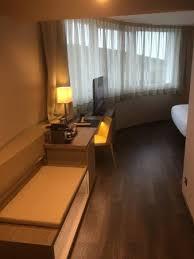 espace bureau chambre arrondie espace bureau de la chambre picture of ac hotel