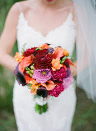 wedding flowers autumn 32 of the most stunning fall bridal bouquets you ve laid