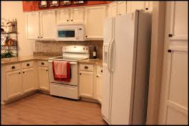Kitchens With Cream Cabinets by Black Kitchen Cabinets With White Trim Ellajanegoeppinger Com