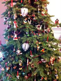 Decorate Christmas Tree Like Department Stores by Challenging The Gnome Tour De Tree Welcome To My Evergreen
