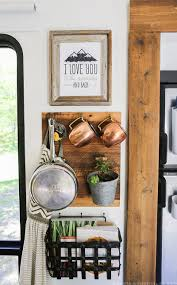 our favorite way to hang wall decor in a rv rv wall decor and walls