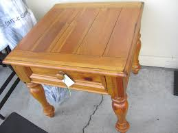 broyhill end table with usb broyhill coffee table and end ebth vintage tables img 5743 thippo