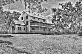 thursby house fade to black and white