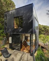 building a house with shipping containers in simple container home