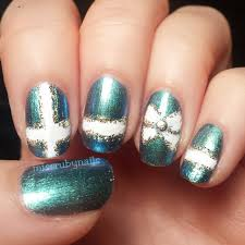 miss ruby nails bow on green gift wrap nails
