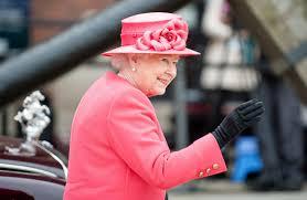 queen elizabeth u0027s 10 favorite drinks