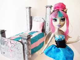 Monster High Doll House Furniture How To Make A Rochelle Goyle Doll Bed Tutorial Monster High