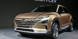 suv of hyundai hyundai reveals hydrogen fuel cell suv with 360 mile range