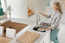 Touchless Kitchen Faucet by Touchless Plumbing Fixtures Add Convenience
