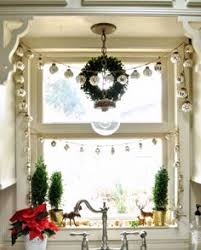 50 traditional and modern christmas window decorations xmas