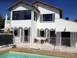 chambres d hotes sanary grande maison avec piscine et 4 logements location de vacances à