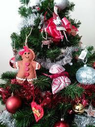 a shabby chic christmas tree the shabby chic guru