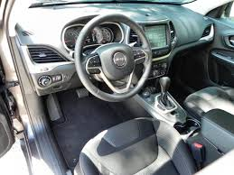 Jeep Cherokee Sport Interior 2015 Jeep Cherokee Adds To An Already Awesome Sport Utility