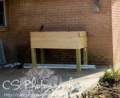 Wood Planter Box Plans Free by Best 25 Elevated Planter Box Ideas On Pinterest Raised Planter