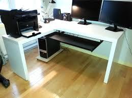 bureau malm bureau d ordinateur ikea malm en m lamine blanche vendre avec