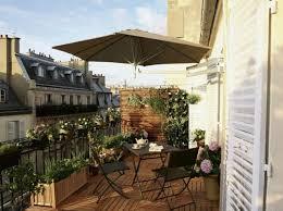 pflanzen als sichtschutz fã r balkon balkon gemütlich gestalten ideen holz boden belag pflanzen