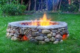 Rock Firepits Rock Pit Ideas Design And Ideas