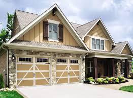 What Is A Cottage Style Home Garage Doors Cottage Looking Garage Doors Designs Outsing Door
