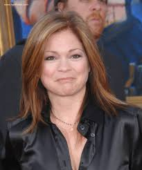 how to get valerie bertinelli current hairstyle valerie bertinelli mid length haircut for an over 40 years old woman