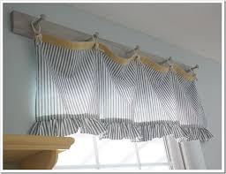Curtains Kitchen Window by Best 25 Vintage Kitchen Curtains Ideas On Pinterest Blue