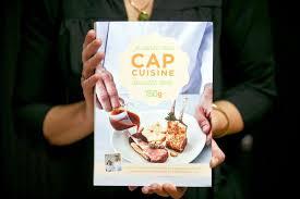 livre de cuisine cap huit mois pour préparer le cap cuisine grâce à un livre la voix