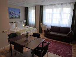 K Henzeile Preis Hotel Lavendelhof Deutschland Nauen Booking Com