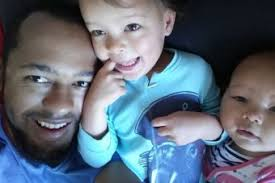 stay at home dads still rare as financial pressures keep parents