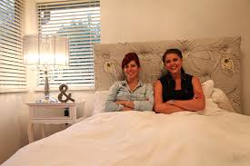 Diy Quilted Headboard by Kim Cindy Under The Pinfluence Diy Tufted Headboard Youtube